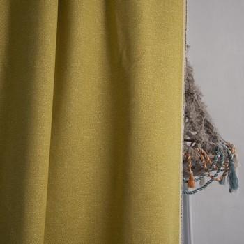 [ Colorthérapie ] Le jaune est une couleur lumineuse qui ouvre l'espace en captant la lumière. Avec ses nuances vitaminées, d'un jaune légèrement acides, Mica est un allié moderne et fiable pour les matériaux aux coloris neutres et naturels. Mica revendique son élégance et sa personnalité par sa couleur vibrante et changeante en fonction de l'éclairage, accentuée par le tissage de fils brillants organisés en godrons. Lustre en lisières de lin  créé par @idtextile qui sera dévoilé lors de la @parisdesignweek . #manufacturetoilesdemayenne #micatoilesdemayenne #coussin #pouf #surmesure #rideauxsurmesure #colorthérapie #jaune #parisdesignweek#savoirfairefrançais #epv #upholstery #décorationintérieure #decoration #homedecor #homeinspiration #home #homesweethome #interiorliving #architectureintérieure #êtrebienchezsoi